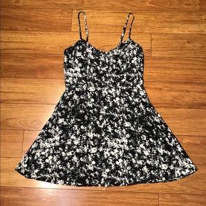 Garage Black & White Floral Print A-Line Dress